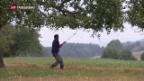 Video «Flüchtlinge auf dem Hof» abspielen