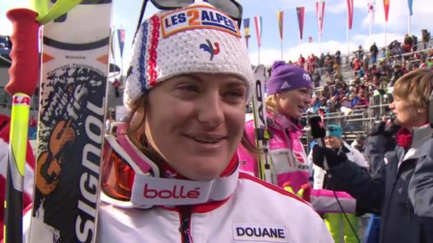 Video «WM-Abfahrt: Interview Marion Rolland (französisch)» abspielen