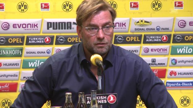 Video «Fussball: Klopp erklärt seinen Abgang als BVB-Coach» abspielen