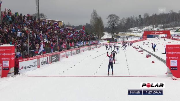 Video «Langlauf: Weltcup, Schlussphase Skiathlon Rybinsk» abspielen