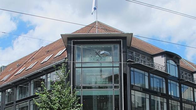 Station 2: Grosse Warenhäuser