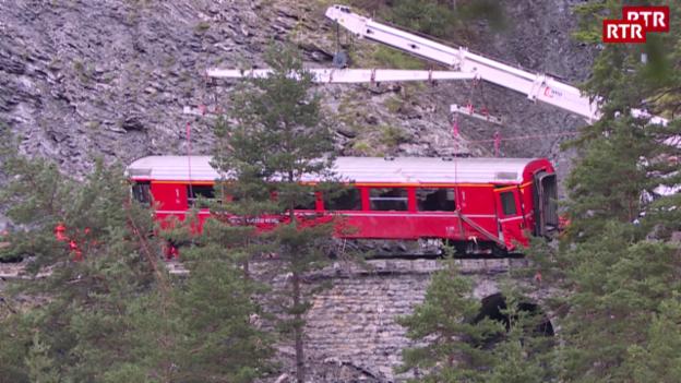 Laschar ir video «Auzament d'in vagun da tren»