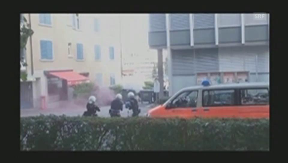 Scharmützel zwischen Besetzern und Polizisten (Zuschauervideo)