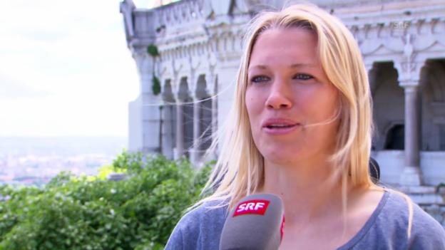 Video «Fussball: Frauen WM 2015, Porträt Lara Dickenmann» abspielen