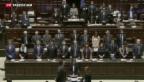 Video «Italiens Parlament debattiert über Flüchtlingsdrama» abspielen