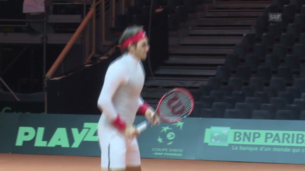 Video «Tennis: Roger Federer im Training in Lille» abspielen