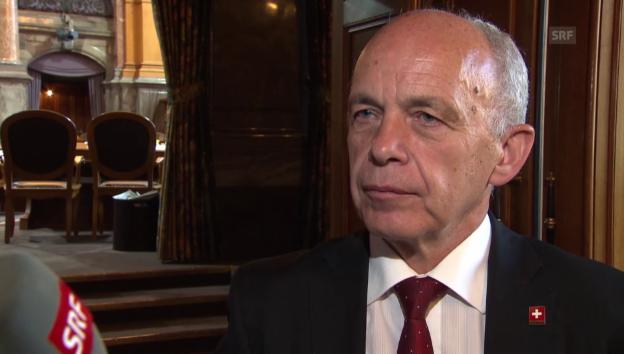 Video «Bundesrat Ueli Maurer zum Spionagefall» abspielen