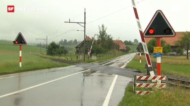 Video «Lösung für gefährliche Bahnübergänge» abspielen