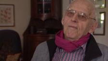 Video «SP-Aushängeschild Hubacher wird 90» abspielen