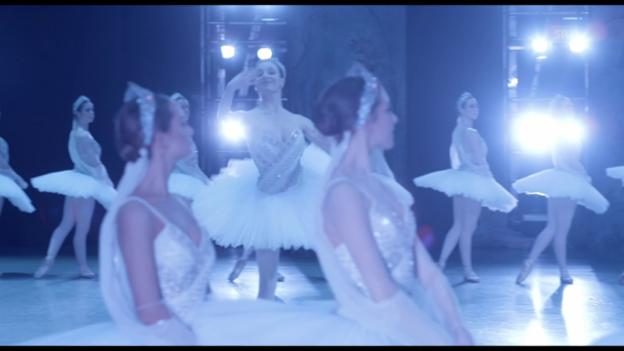 Video «Im Kino: «LʹOpéra de Paris»» abspielen