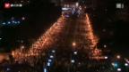 Video «Mursi-Gegner überrennen Barrikaden» abspielen