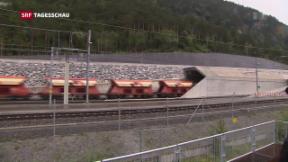 Video «Erster Güterzug durch den Gotthard-Basistunnel gefahren» abspielen