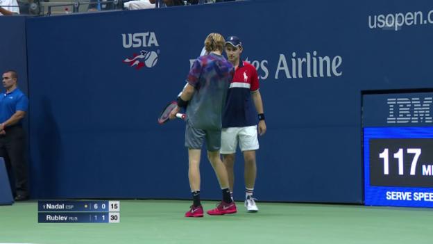 Video «Nadal demontiert Rublew: die besten Punkte» abspielen
