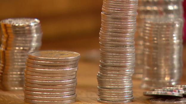 Video «Bankkonti im Vergleich: Bei vielen Banken macht der Kunde minus» abspielen