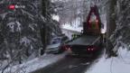 Video «Verkehrsunfälle wegen Schneefall» abspielen