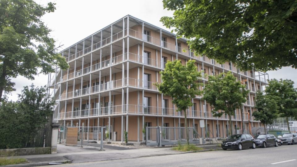 Das Bundesasylzentrum Bässlergut bei Basel steht wegen Corona-Ausbruch unter Quarantäne.