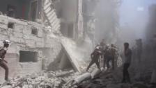 Video «Zerstörung nach Luftangriff auf Stadtteil Kallasa (unkomm.)» abspielen