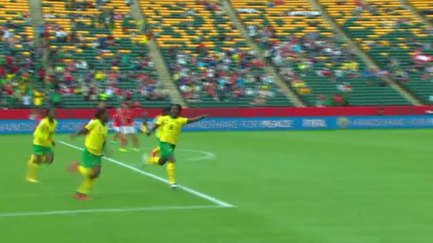 Video «Fussball: Frauen WM in Kanada, Gruppe C, Schweiz - Kamerun» abspielen