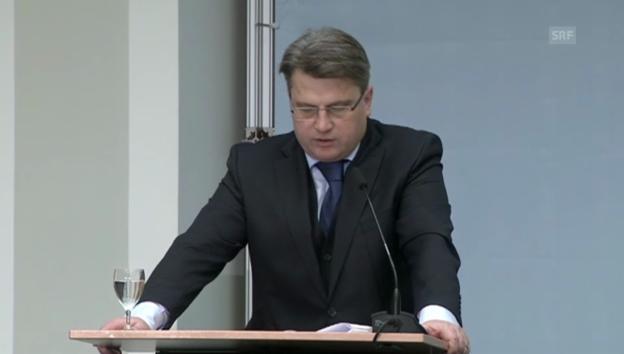 Video «Der bayrische Justizminister über die Raubkunst» abspielen