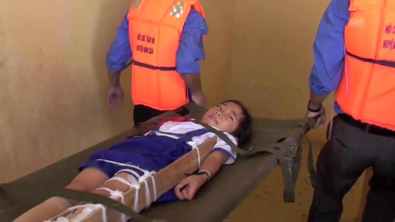 Katastrophenübung an einer Schule im Mekong-Delta