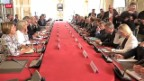 Video «Auch Hollande wird Parlament befragen» abspielen