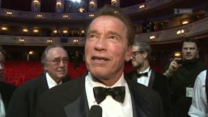 Video «GQ-Award für Arnold Schwarzenegger» abspielen
