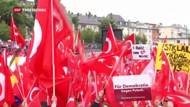 Video «Grossdemo in Köln: Tausende huldigen Erdogan» abspielen