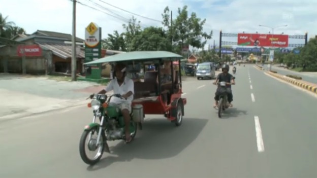 Video «Im kambodschanischen Supermarkt» abspielen