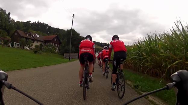 Video «Radfahrer trifft der Herztod öfter» abspielen