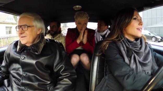 Video «Die Jury auf dem Weg ins Theater 11» abspielen