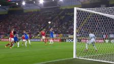 Video «Freistoss Moser und Kopfball Crnogorcevic gleich Tor» abspielen