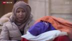 Video «Schweizer Flüchtlingshelfer verteilen Hilfsgüter und Zugbillete» abspielen