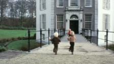 Video «In der Nähe von Schloss Drakensteyn ist auch Pirnz Friso beerdigt» abspielen