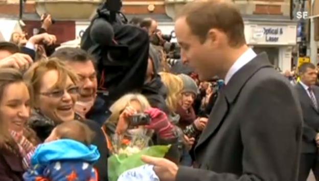 Video «Überraschendes Baby-Geschenk für William und Kate (unkomm. Video)» abspielen