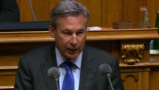 Video «Nationalrat Adrian Amschutz (SVP/BE) bezeichnete die Revision als Scheinlösung» abspielen