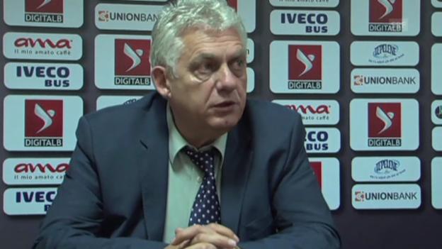 Video «Fussball: UEFA-Urteil zu Serbien-Albanien, Reaktion Albanien» abspielen