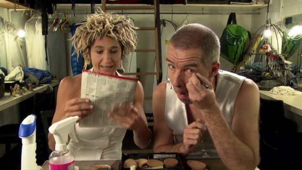 Video «Ursus & Nadeschkin: «Sechs Minuten»» abspielen