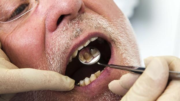Mundhygiene – In Pflegeheimen oft vernachlässigt