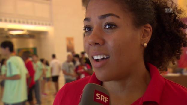 Video «Leichtathletik: WM Peking, Interview Kambundji» abspielen