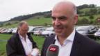 Video «Eidgenössischen Hornusserfest: ein schlagfertiger Bundespräsident» abspielen