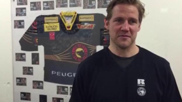 Video «5 Fragen an SCB-Verteidiger Timo Helbling» abspielen