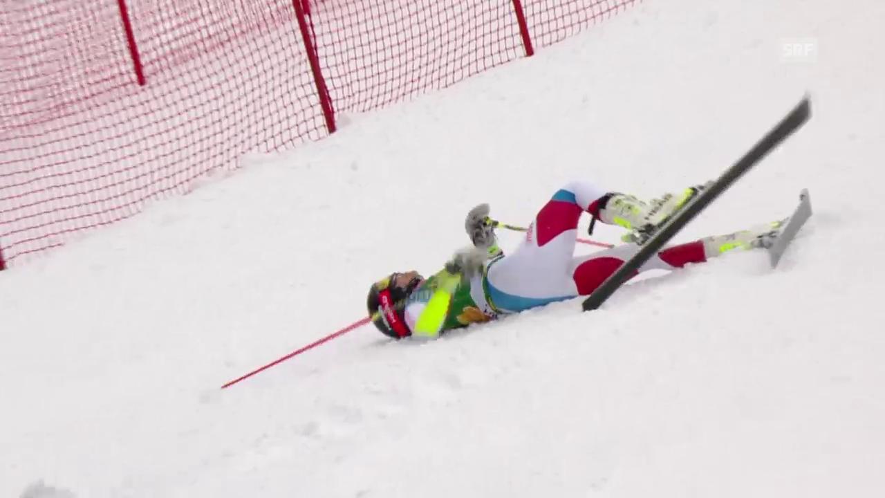 Wendy Holdener stürzt im 2. Lauf des Riesenslaloms von Jasna