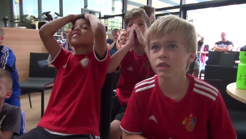 Die FCB-Junioren fiebern mit