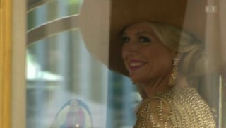 Video «König Willem-Alexander: Grosser Auftritt am Prinzentag» abspielen