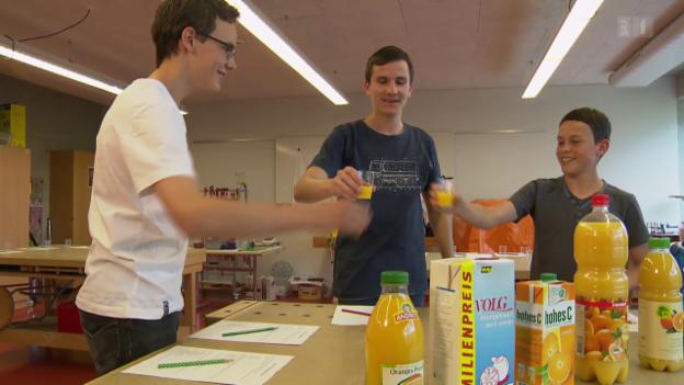 Video «Rang 10: Der Orangensaft-Test» abspielen