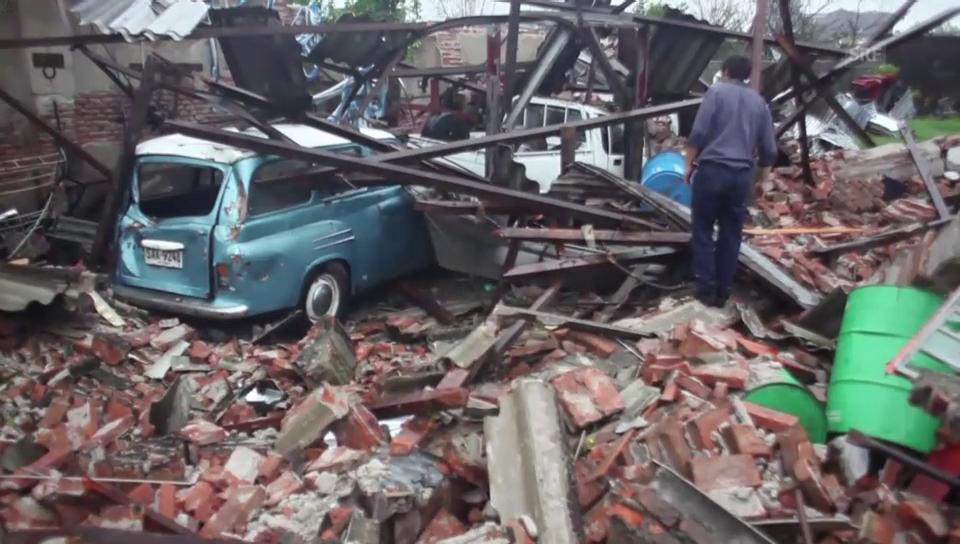 Tornado verwüstet Kleinstadt Dolores (unkomm.)