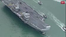 Link öffnet eine Lightbox. Video Royal Navy mit neuem Flaggschiff abspielen