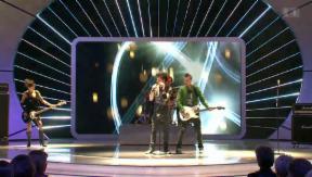 Video «Grosse Ehre: Sinplus starten wieder durch» abspielen