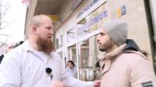Video «Prediger Pierre Vogel wirbt junge Menschen in Dortmund an» abspielen
