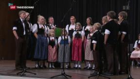 Video «Fahnen schwingen und singen » abspielen